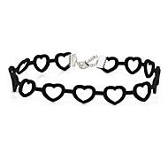 Női Rövid nyakláncok Heart Shape Bársony Egyedi Szerelem Ékszerek Mert Parti Napi Hétköznapi 1db