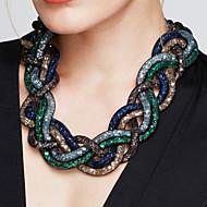 Damskie Oświadczenie Naszyjniki Cross Shape Stop Modny Wyrazista biżuteria Postarzane Black Brown Czerwony Green Niebieski Biżuteria Na