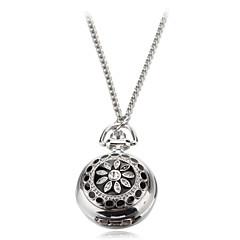 Reloj de las mujeres del patrón del crisantemo aleación de plata de cuarzo analógico collar