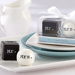 Creativa exquisita Sr. / Mrs.Design Salt & Pepper (2 PCS)