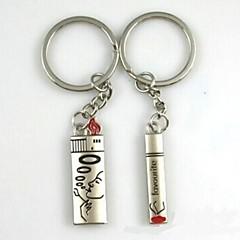 (Une paire) Les cigarettes et briquets Intéressant de haute qualité en acier inoxydable Porte-clés Symbole de l'amour