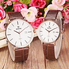 Couple's Simple Noble Round Dial Calendar Leather Band Quartz Wrist Watch (Assorted Colors)