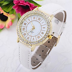 Fashion Women's Round Golden Diamond  Dial  Leather Band Quartz Analog Wrist Watch(Assorted Color)