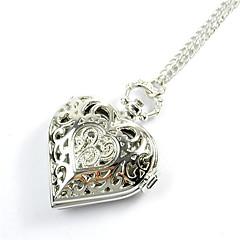 mode hjärtformade ihåliga silver fickur (silver) (1st)