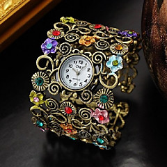 Fashion Style Flower Shape Round Quartz Bangle Watch(Bronze)(1Pc) Cool Watches Unique Watches