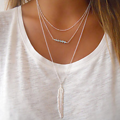 Women Leaf Pendant Multilayer Chain Alloy / Resin Necklace  1pc