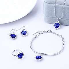 4pcs Jewelry Set Shining Crystal Heart Pendant Necklace Earring Ring Bracelet(Assorted Color)
