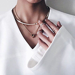 Necklace Pendant Necklaces Jewelry Party / Daily / Casual Alloy Gold 1pc Gift