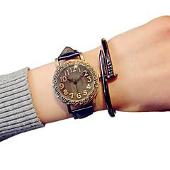 Dames Modieus horloge Kwarts Vrijetijdshorloge PU Band Zwart / Blauw / Rood / Orange Merk