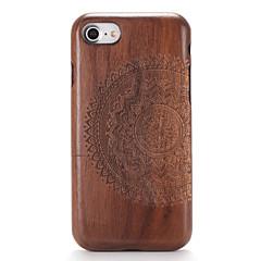 Mert tokok Dombornyomott Minta Hátlap Case Fa mintázat Mandala Kemény Fa mert AppleiPhone 7 Plus iPhone 7 iPhone 6s Plus iPhone 6 Plus