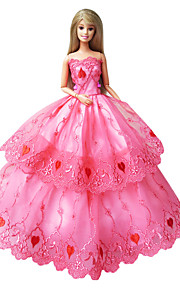 Barbie Doll Holiday Party Dress Lovely Pink Heart