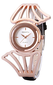 Women's Simple Fashion Case PU Leather Strap Quartz Wrist Watch