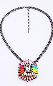 Dame Halskædevedhæng Blomstformet Mode Personaliseret Euro-Amerikansk Hvid Mørkeblå Smykker For 1 Stk.