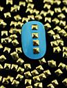 100pcs * 3mm 3mm Golden Carre rivet metallique nail art decoration